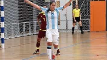 Carina Nunez la mejor jugadora de futsal