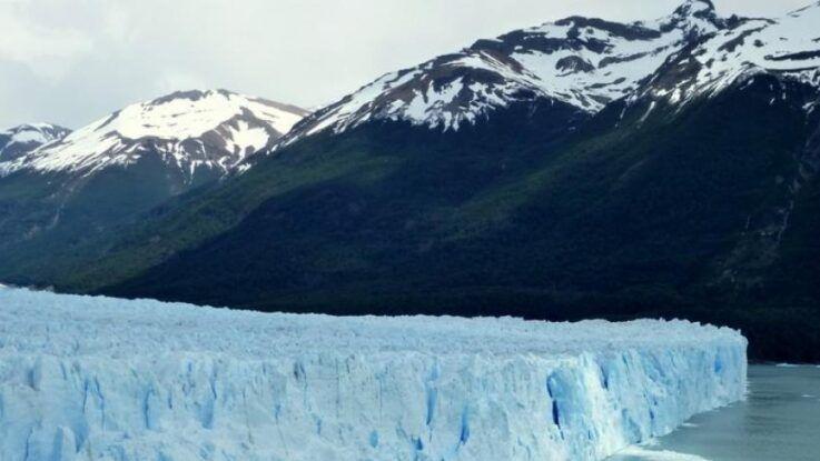 El muro de hielo del glaciar Perito Moreno