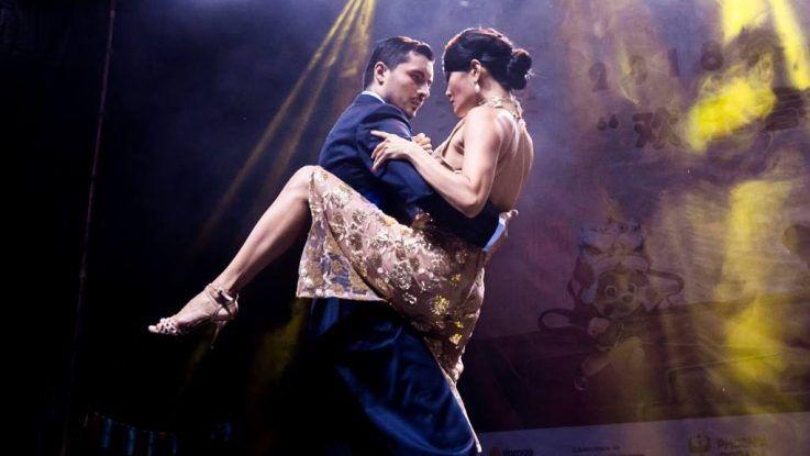 El tango, un puente cultural