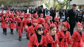 Gran locro patrio, desfile y acto
