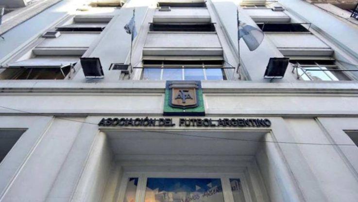 Se suspende el fútbol argentino dos semanas