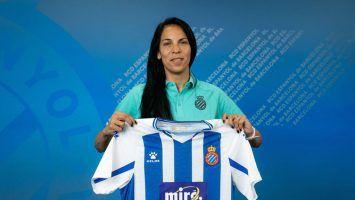 Vanina Correa, fue presentada en España